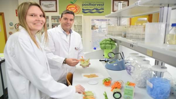 Equipo de Agrónomos de la UPCT que ha desarrollado hummus de brócoli