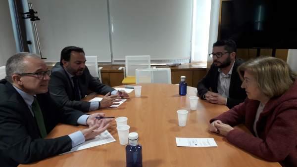 Reunión de Endesa con el alcalde de Trebujena
