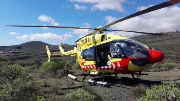 Helicóptero del servicio de emergencias 112 de Canarias