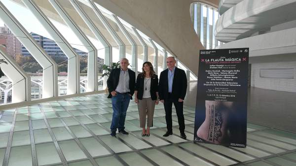 Susana Llobet, Graham Vick y Lothar Koenigs