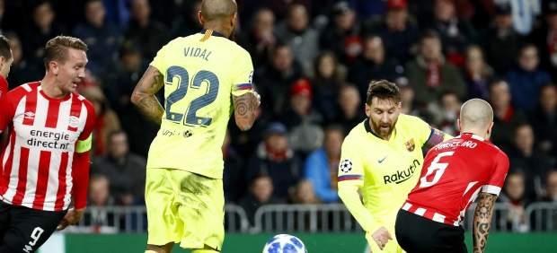 Objetivo conseguido  el FC Barcelona amarró el liderato del grupo tras  ganar al PSV por cero goles a dos en Eindhoven. Los tantos de Messi y de  Piqué dieron ... b7529fb4aa566