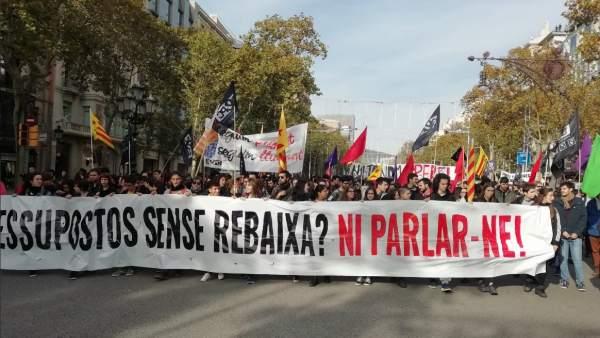 Manifestación de estudiantes en el centro de Barcelona.