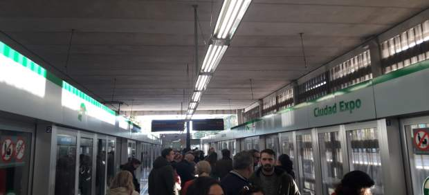 4dc500244 La plantilla del metro secunda también el paro parcial de la tarde y ...