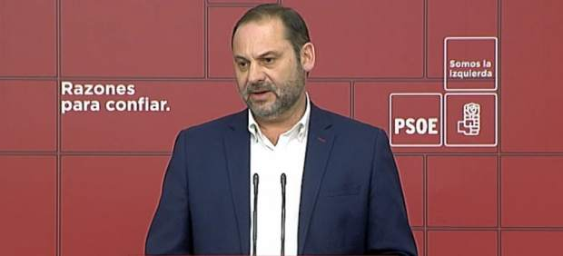 Ábalos critica que la extrema derecha esté en el Parlamento andaluz