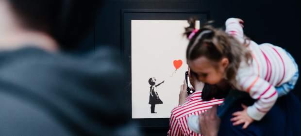 La obra del misterioso e irreverente Banksy se exhibe en España por primera vez en la muestra ...