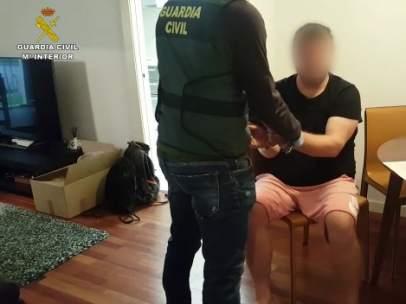 Un detenido en la segunda parte de la operación que ha permitido desarticular la rama de un clan internacional que introducía cocaína desde el Port de Barcelona.