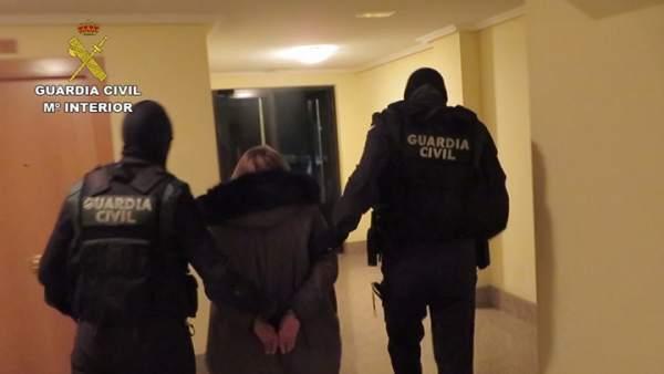 Un momento de las detenciones en Aldeaseca 5-12-2018