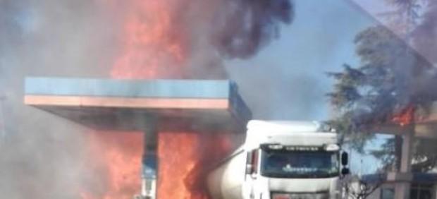 La explosión en una gasolinera en el centro de Italia