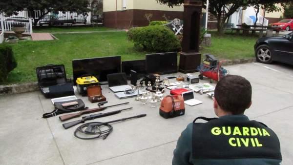 Tres detenidos por robos  en la provincia de Pontevedra