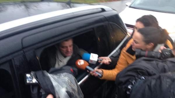 Miguel Rosendo a la salida de la prisión.