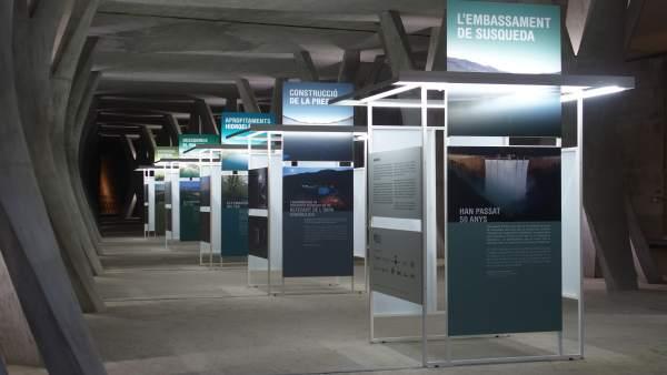 La exposición que conmemora los 50 años de la central de Susqueda