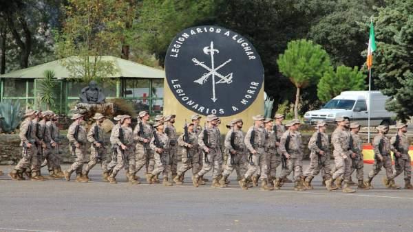 Ronda despide al contigente de La Legión que parte a Mali