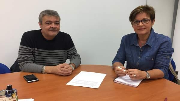 Adriana Valverde y Antonio Mullor, representante de los vendedores de pescado