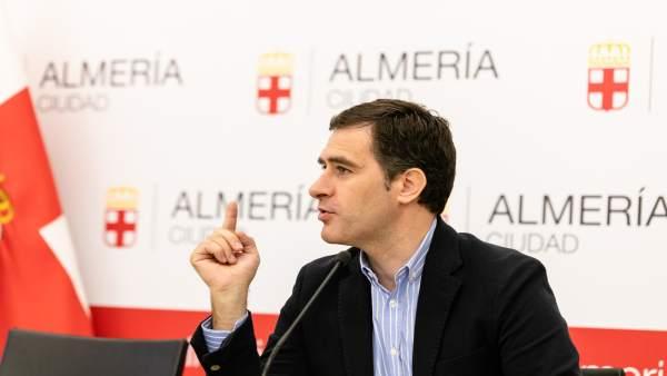 El concejal de Desarrollo Urbano y Vivienda, Miguel Ángel Castellón
