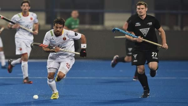 Marc Sallés en el España - Nueva Zelanda de hockey hierba