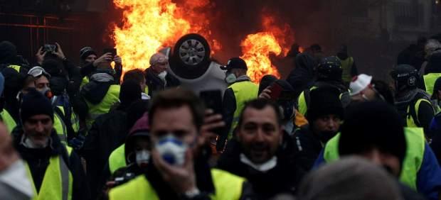 Detenido un camionero español tras disparar con balas de fogueo contra 'chalecos amarillos' en ...