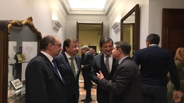 Javier Fernández asiste al acto del 40 Aniversario de la Constitución.