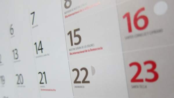 Calendario Laboral Valladolid.Calendario Laboral 2019 Festivos Y Puentes