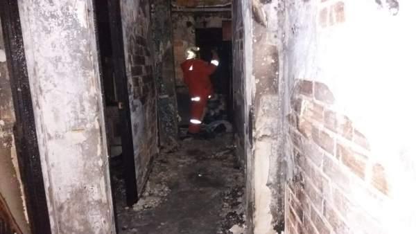 Els bombers alerten del repunt d'incendis en habitatges a l'hivern