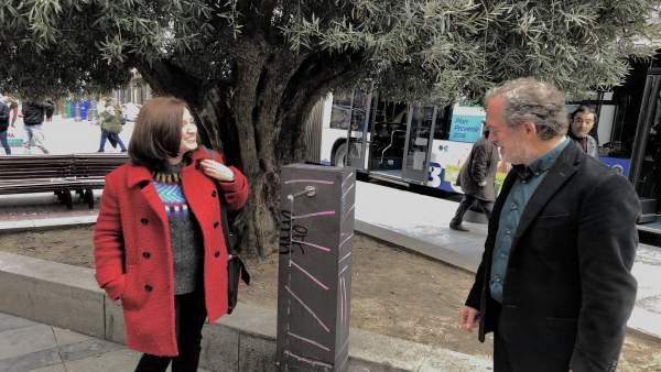 Sánchez y Saravia presentan la nueva fuente instalada en Fuente Dorada, 7-12-18