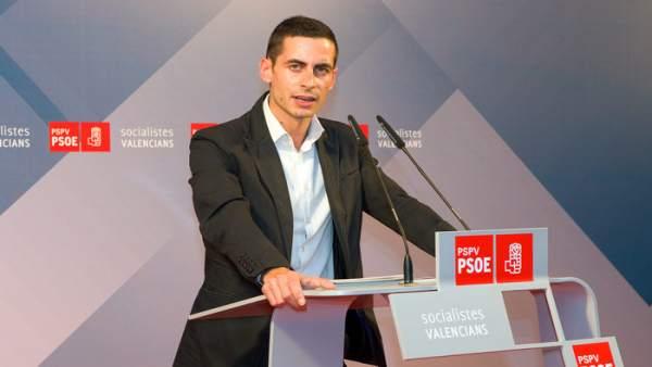 """El PSPV replica el PP: """"Només expulsa els corruptes quan estan a les portes de la presó"""""""
