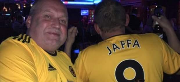 Un aficionado del Wolverhampton decide hacer 3.000 kilómetros en lugar de 350 para ver a su equipo