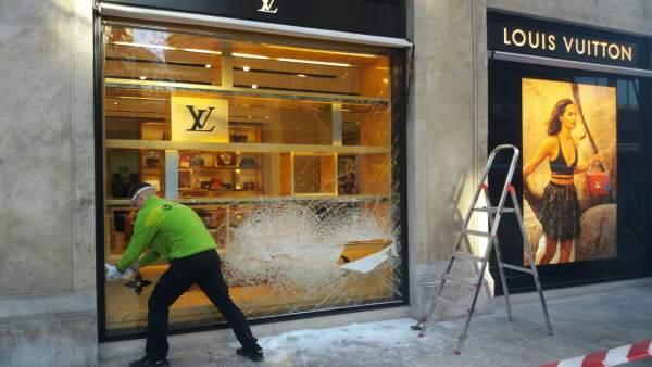 Asalto a la tienda Louis Vuitton en València