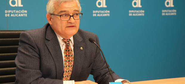 Fiscalía pide investigar al alcalde de Crevillent (PP) por presuntas irregularidades en contratos de Deportes