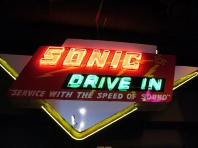 El logo de Sonic Drive-In