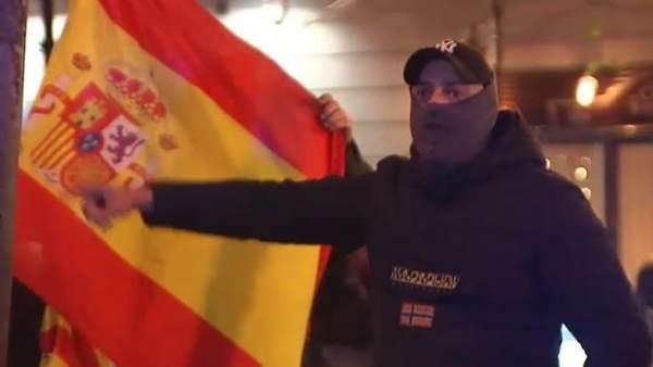 Un grupo de ultras increpa e insulta a Pablo Iglesias