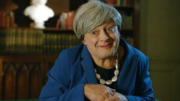 Andy Serkis convierte a Theresa May en Gollum