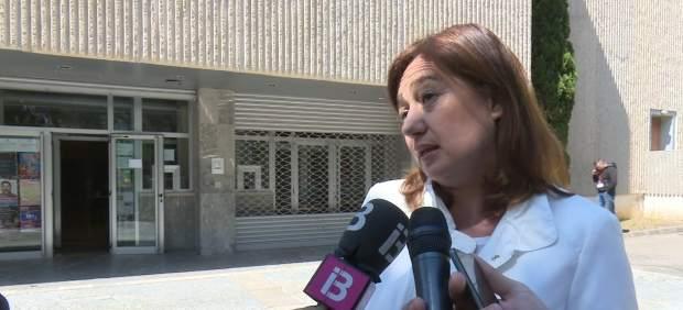 Armengol muestra su apoyo a los profesionales de Europa Press Baleares y Diario de Mallorca