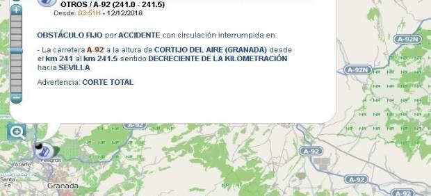 Sucesos.- Cortado un sentido de la A-92 en Albolote por el accidente de un camión con su conductor herido