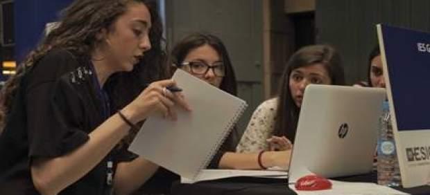 Más de 130 jóvenes de Baleares participan en el programa educativo de simulación empresarial ...