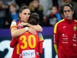 Carmen Martín se abraza a Soledad López