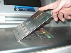 La Guardia Civil alerta de teclados falsos en los cajeros