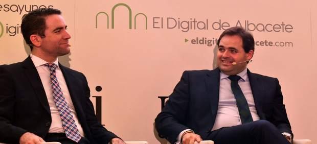 Paco Núñez y Teodoro García Egea en desayuno Digital Albacete