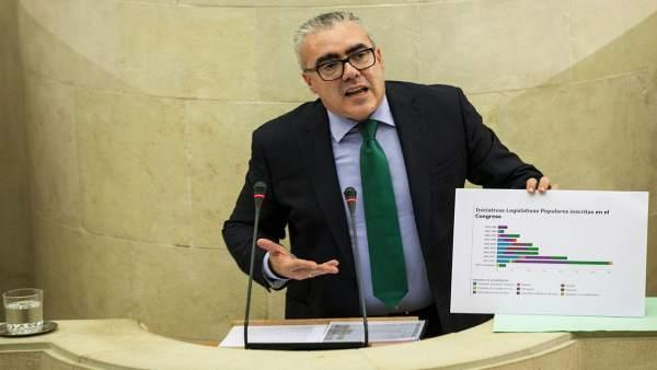 El portavoz parlamentario del PRC, Pedro Hernando