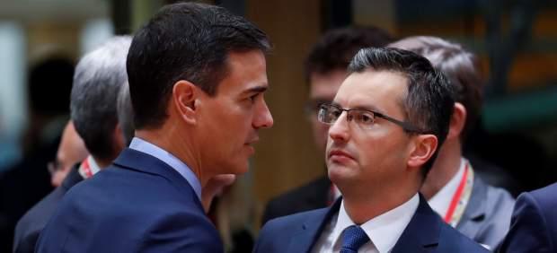 Largo y serio diálogo de Sánchez con su homólogo esloveno, que le expresa su