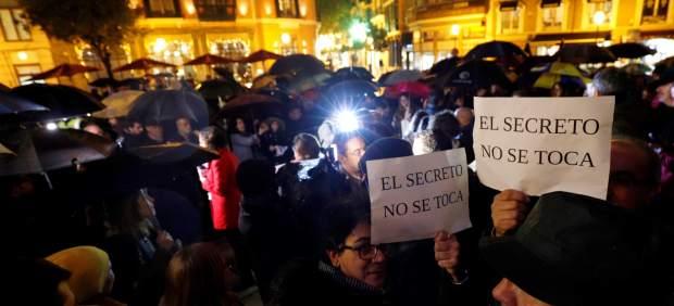 Los periodistas piden proteger el secreto profesional y evitar los