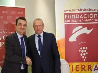 Acuerdo Junta y OIVE para promocionar vino