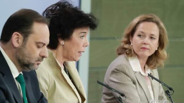 Ministros y ministras tras el Consejo de este viernes