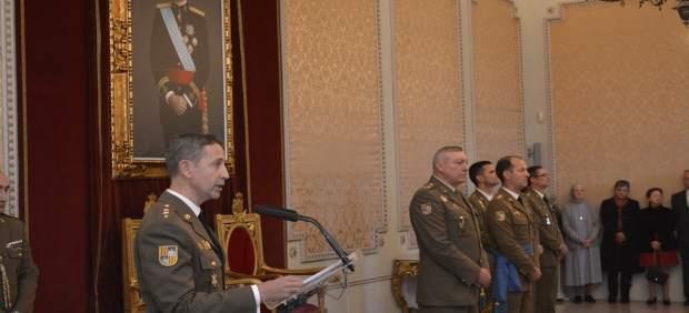 Los coroneles Juan Billón y Víctor Pujol asumen la Jefatura del Estado Mayor y el Regimiento ...