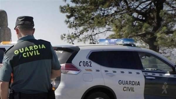 Agente de una patrulla de la Guardia Civil
