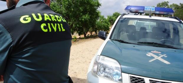 La Guardia Civil desarticula una red de tráfico de inmigrantes que habría introducido hasta 600 ...