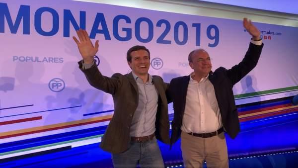 Casado presenta a Monago como candidato a la Junta de Extremadura