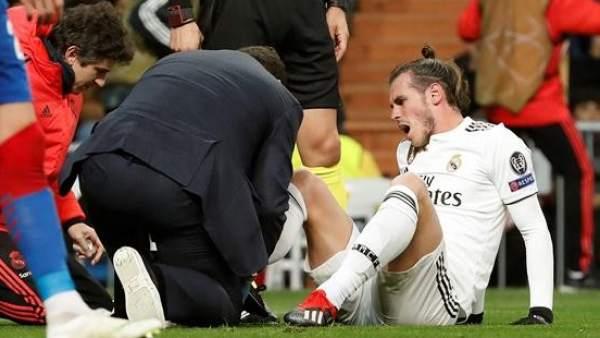 Gareth Bale, atendido durante el Real Madrid vs. CSKA.