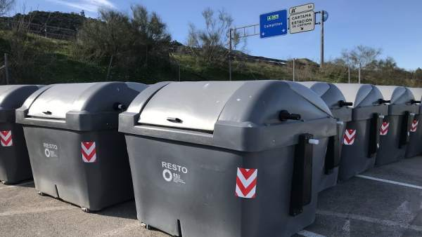 Contenedores entregados consorcio de residuos solidos urbanos de málaga diputaci