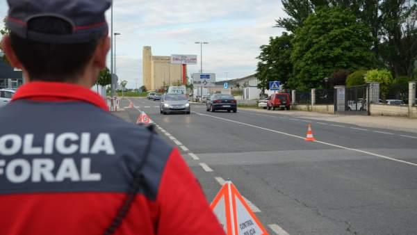 Imagen de archivo de un control de la Policía Foral