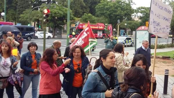 Huelga por servicios sociales
